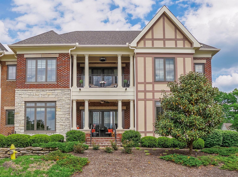 Property for sale at 9606 Park Manor Boulevard Unit: 205, Blue Ash,  Ohio 45242