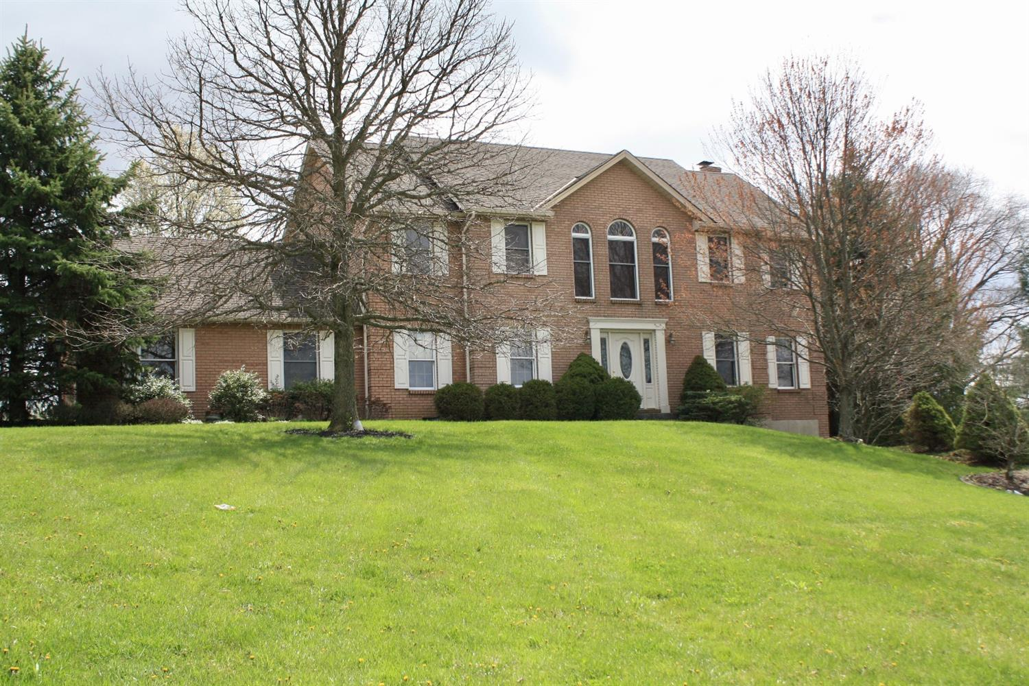 Property for sale at 8300 Paddington Court, West Chester,  Ohio 45069