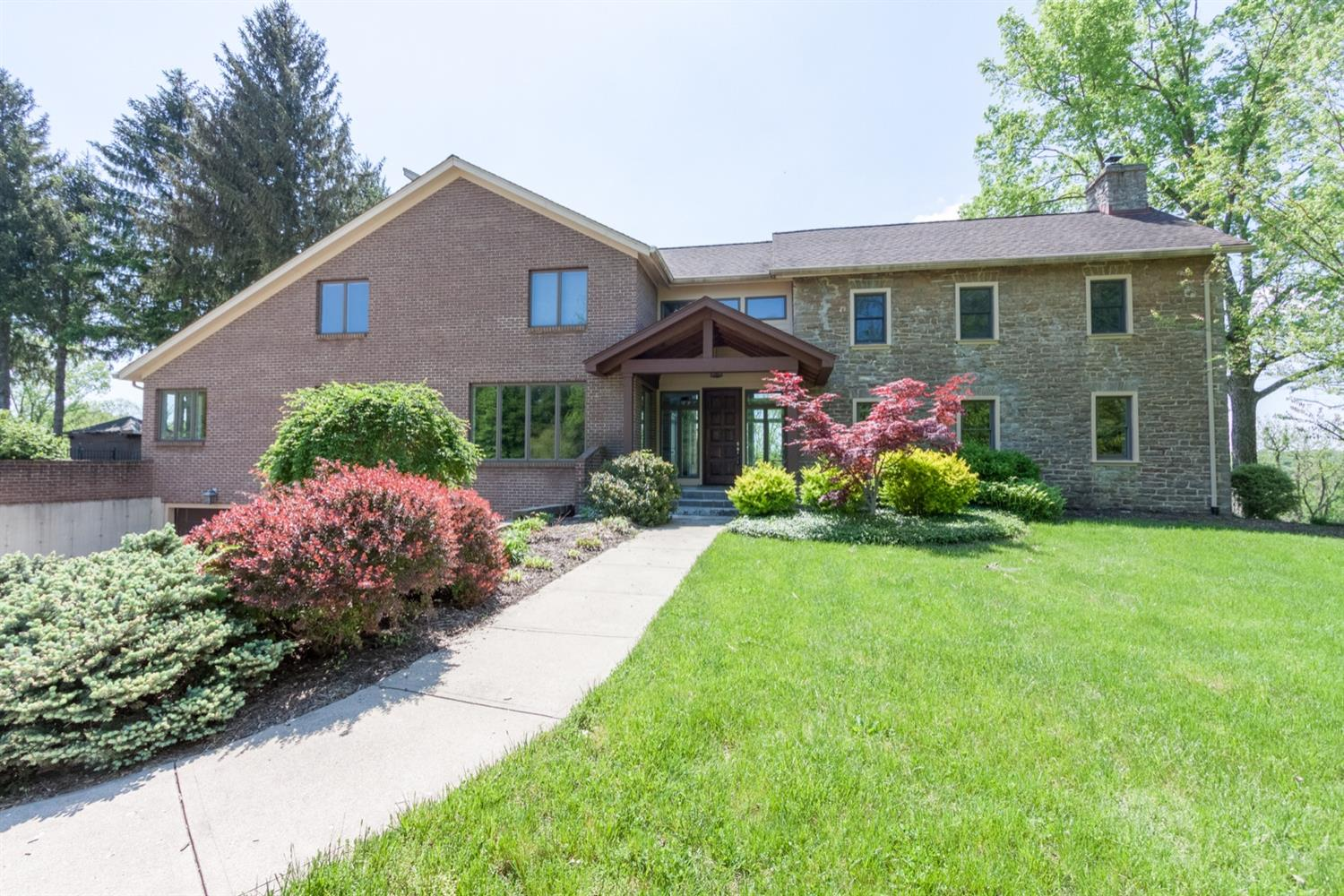 Property for sale at 199 Sentry Hill Drive, Loveland,  Ohio 45140