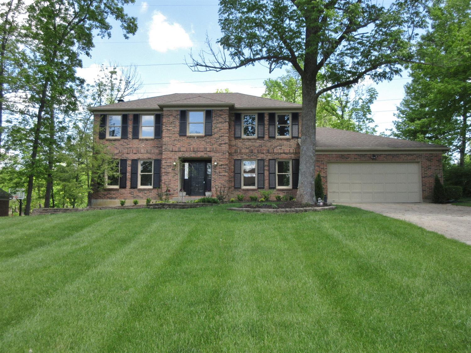 Property for sale at 7606 Windy Knoll Drive, West Chester,  Ohio 45241