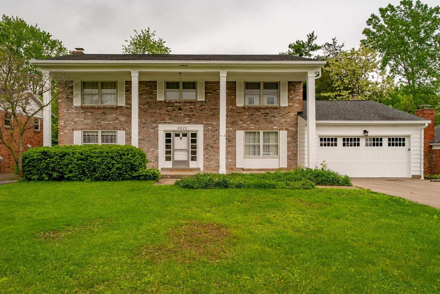 Photo of home for sale at 8826 Kenwood Road, Sycamore Twp OH