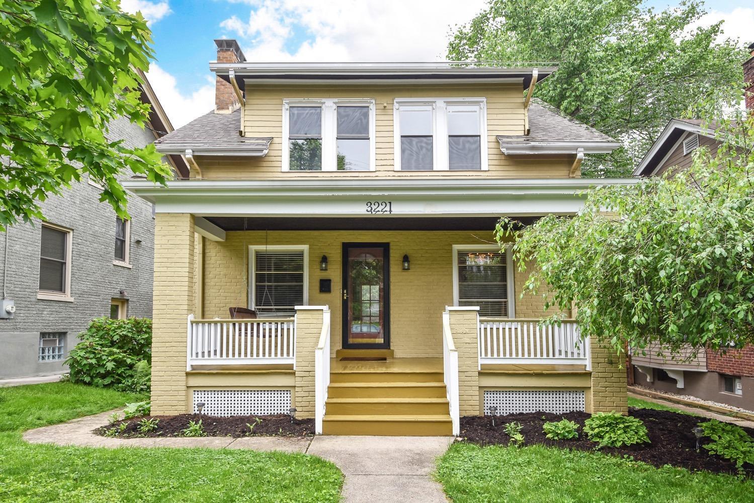 Property for sale at 3221 Lookout Drive, Cincinnati,  Ohio 45208