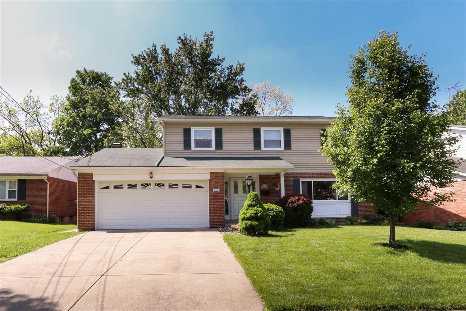 Property for sale at 9107 Fontainebleau Terrace, Springfield Twp.,  Ohio 45231