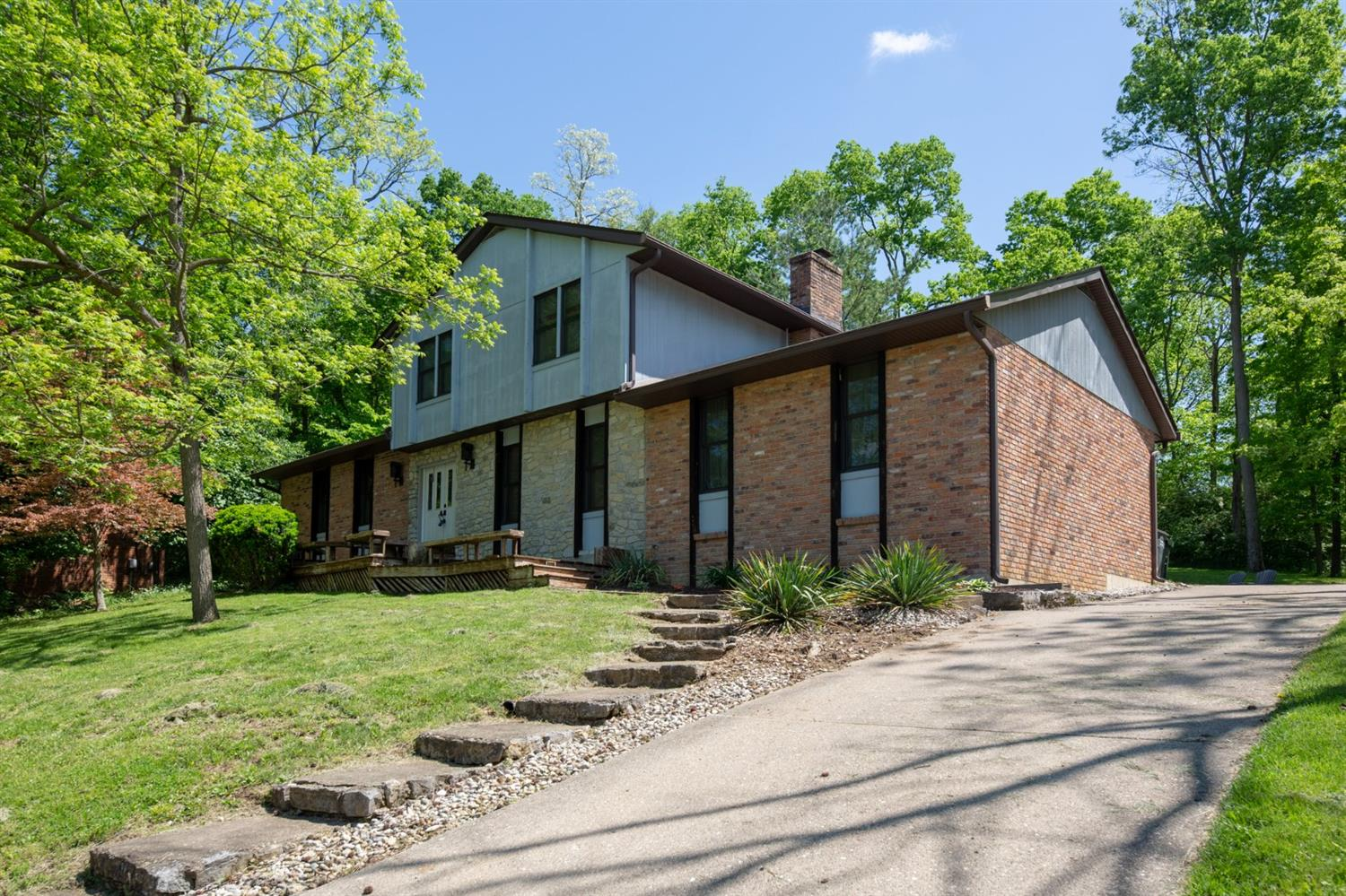 Property for sale at 5614 Green Oak Drive, Fairfield,  Ohio 45014