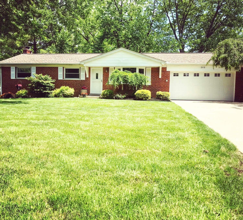 Property for sale at 203 Acoma Drive, Mason,  Ohio 45040