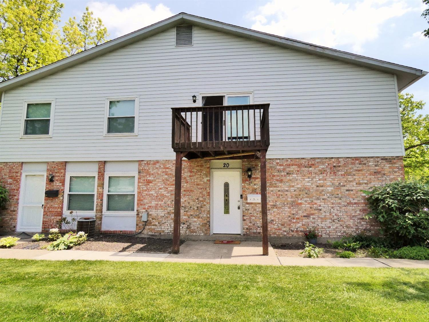 Property for sale at 20 Today Drive, Fairfield,  Ohio 45014