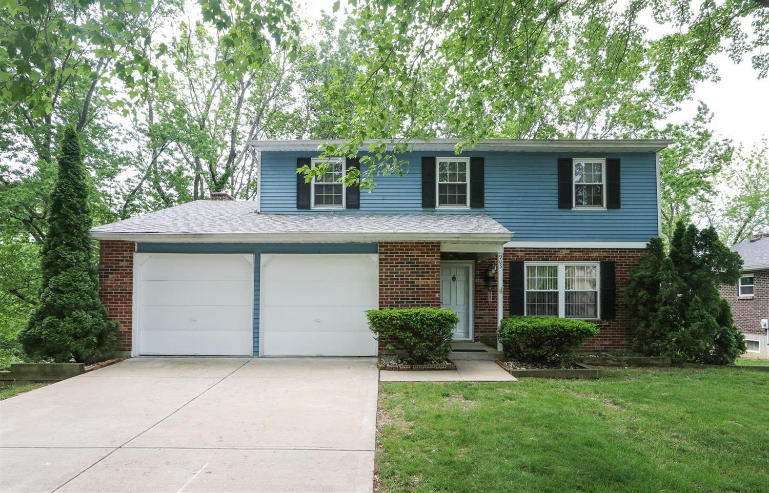 Property for sale at 903 Sarbrook Drive, Springfield Twp.,  Ohio 45231