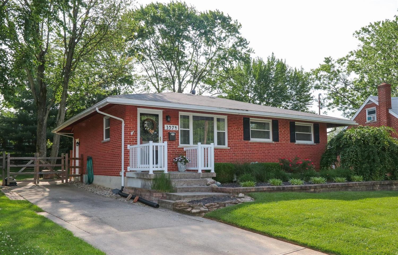 Property for sale at 3974 Beavercreek Circle, Sharonville,  Ohio 45241