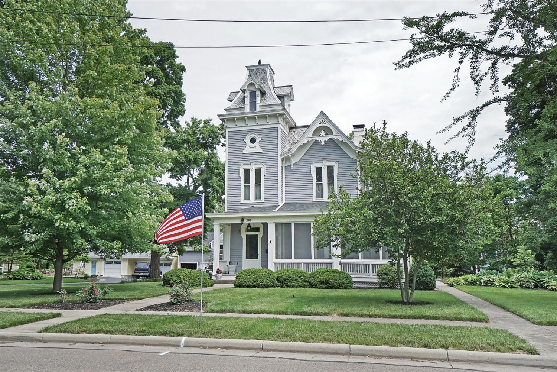 Property for sale at 208 E Orchard Avenue, Lebanon,  Ohio 45036