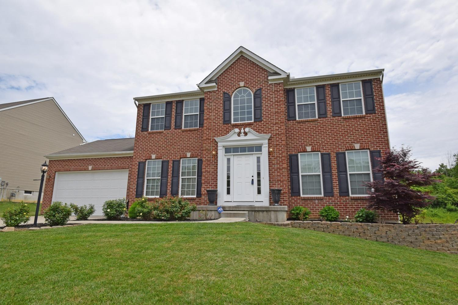 Property for sale at 8922 Summer Crest Drive, Colerain Twp,  Ohio 45251