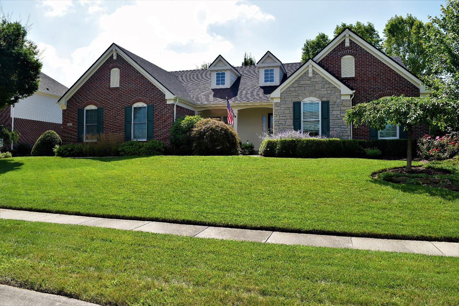 Property for sale at 417 Stoney Path Court, South Lebanon,  Ohio 45065