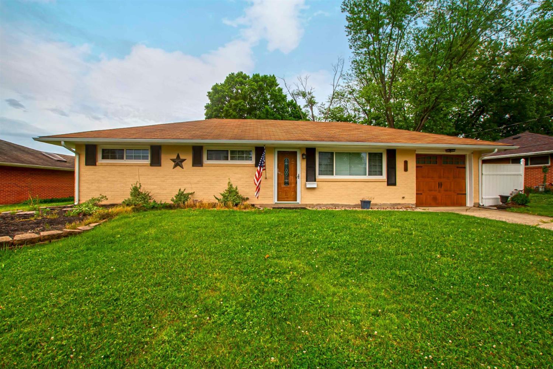 Property for sale at 911 Birchwood Drive, Lebanon,  Ohio 45036
