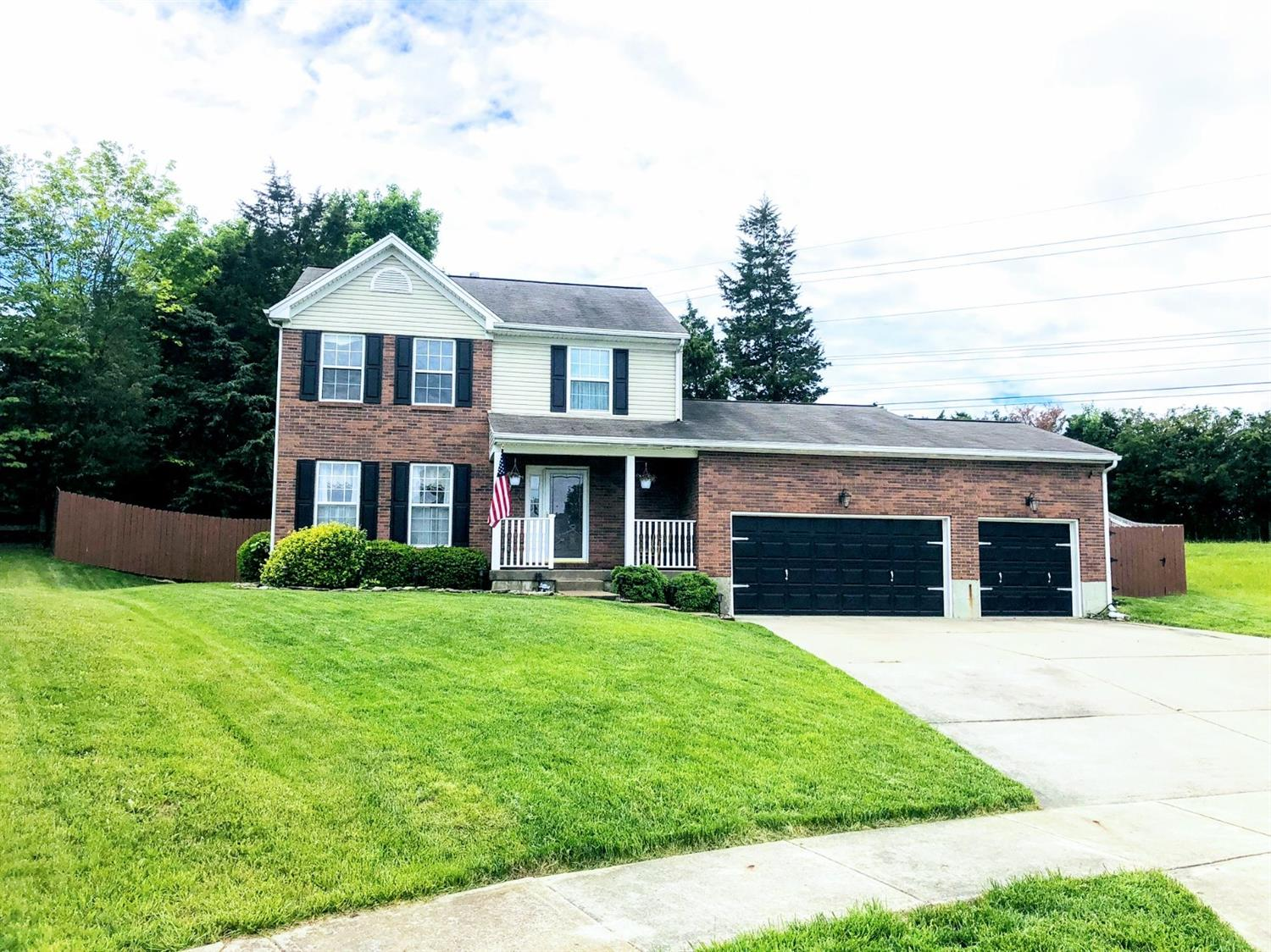 Property for sale at 272 Triple Crown Drive, Lebanon,  Ohio 45036