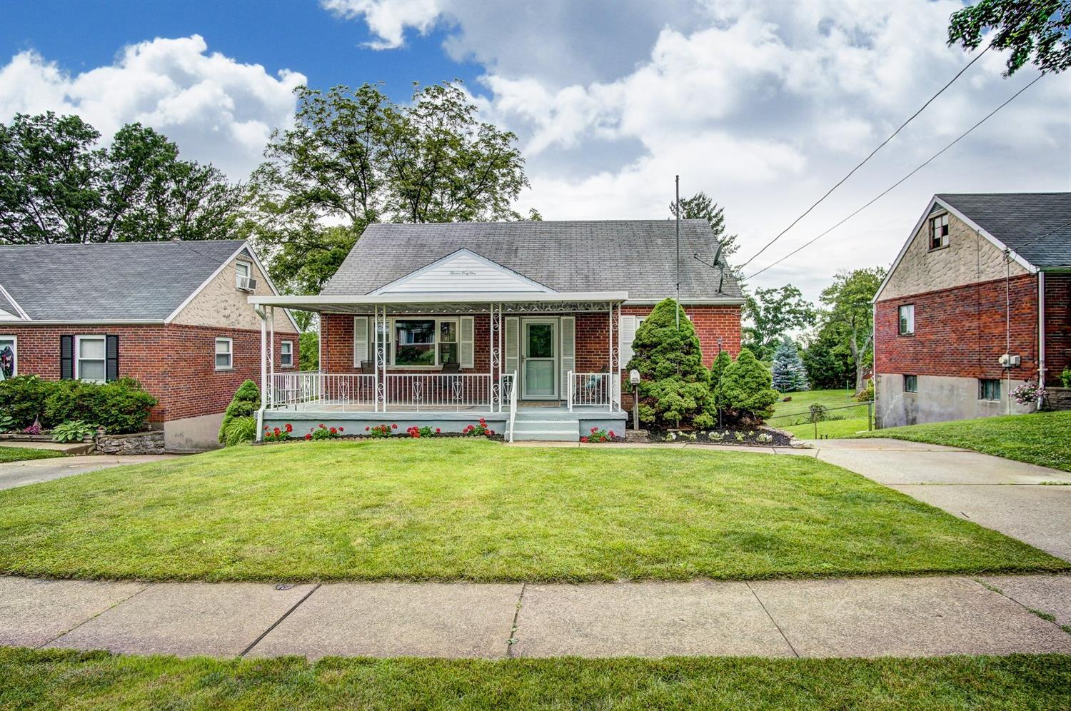 Property for sale at 1349 Thurnridge Drive, Reading,  Ohio 45215