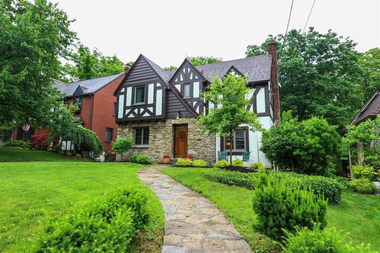 Property for sale at 1114 Salisbury Drive, Cincinnati,  Ohio 45226