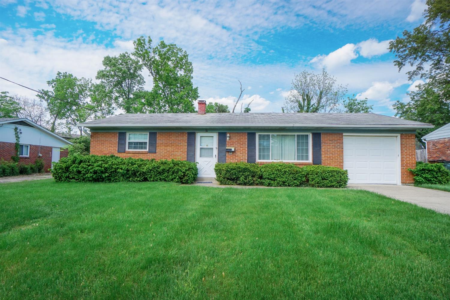 Property for sale at 37 Edgecombe Drive, Milford,  Ohio 45150