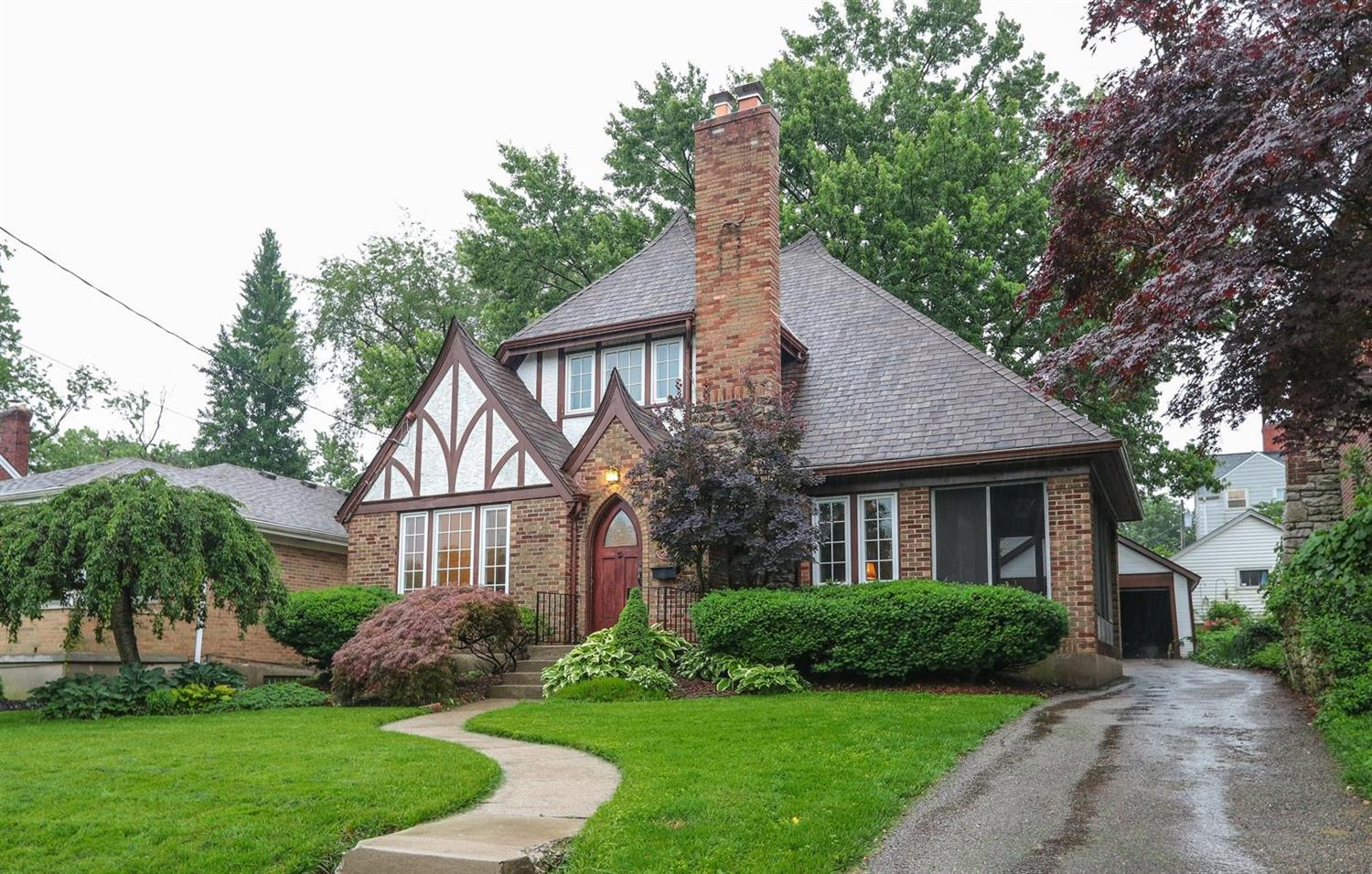 Property for sale at 2537 Indian Mound Avenue, Norwood,  Ohio 45212