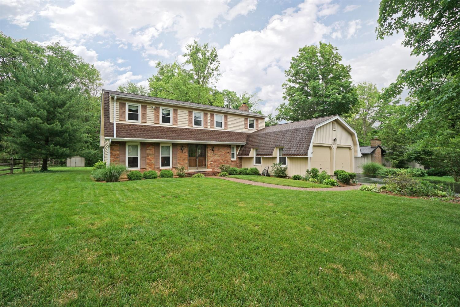 Property for sale at 1714 Tanglewood Drive, Loveland,  Ohio 45140