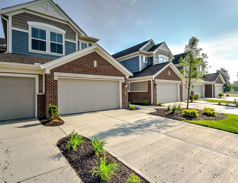 Property for sale at 4390 Fairway Lane Unit: 2-204, Turtle Creek Twp,  Ohio 45036