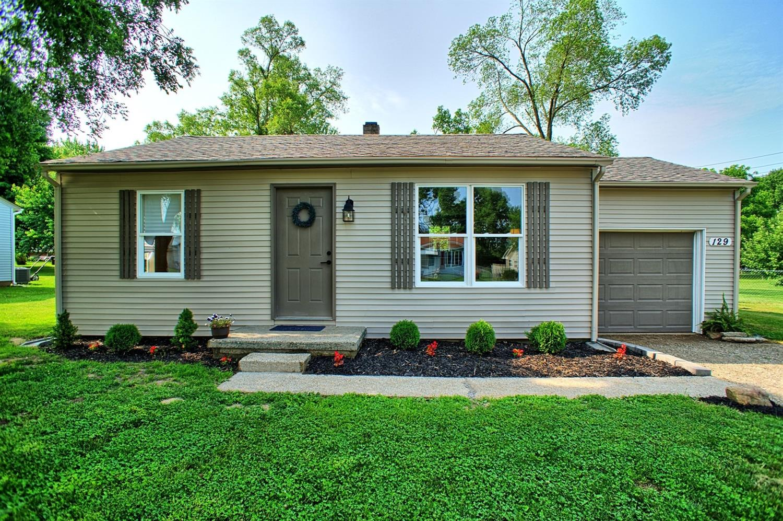 Property for sale at 129 Montgomery Avenue, Carlisle,  Ohio 45005