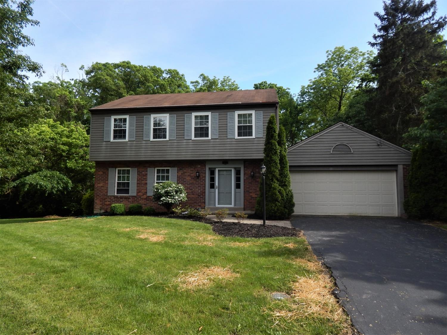 Property for sale at 655 Thomasview Court, Springfield Twp.,  Ohio 45231
