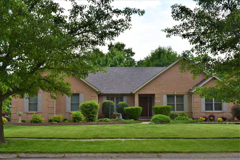 Property for sale at 1649 Thall Drive, Hamilton,  Ohio 45013