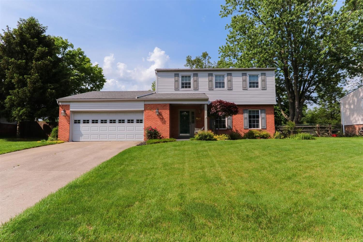 Property for sale at 1694 Lindenhall Drive, Loveland,  Ohio 45140
