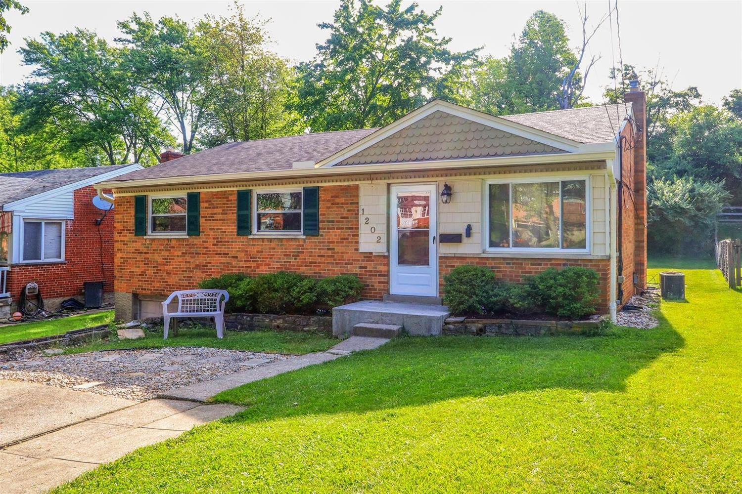Property for sale at 1202 Thurnridge Drive, Reading,  Ohio 45215