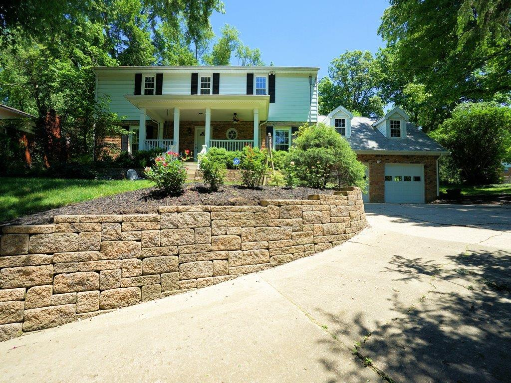 Property for sale at 8716 Hollyhock Drive, Springfield Twp.,  Ohio 45231
