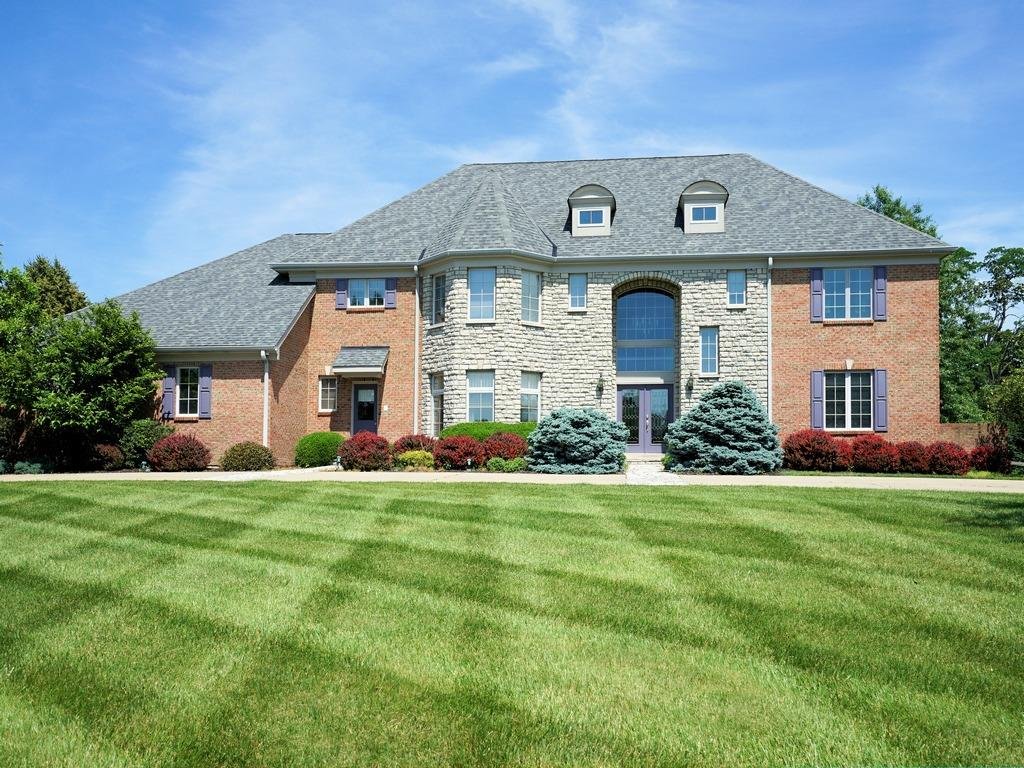 Property for sale at 5110 Rollman Estates Drive, Amberley,  Ohio 45236