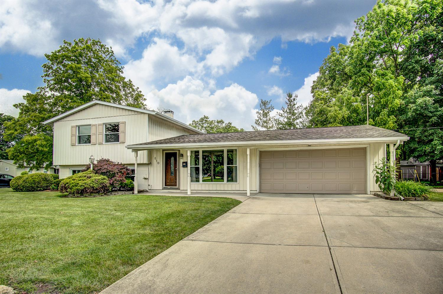 Property for sale at 510 W Roger Drive, Trenton,  Ohio 45067