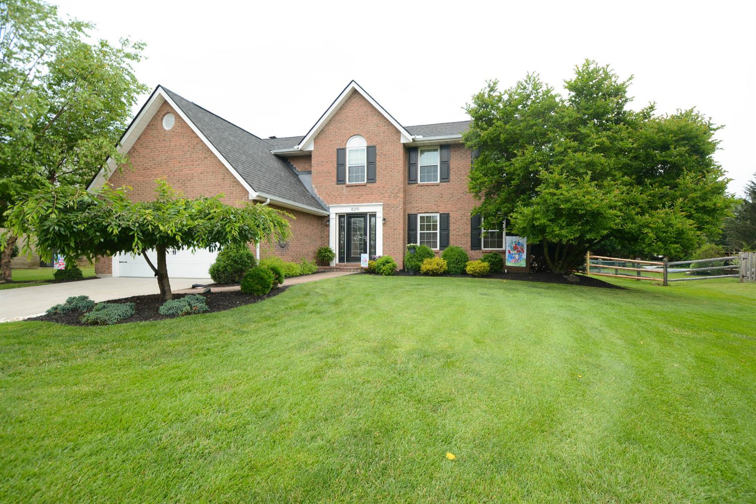 Property for sale at 8291 Colonial Mill Manor, West Chester,  Ohio 45069