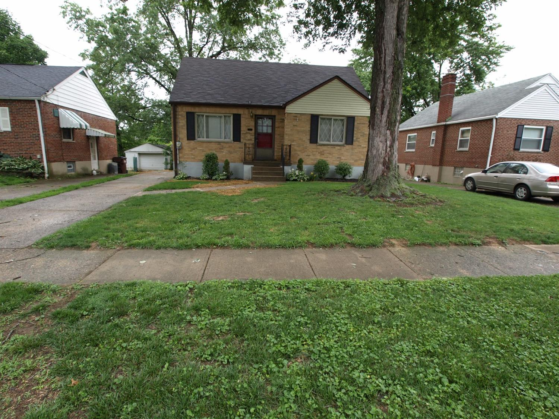 Property for sale at 6913 Pinoak Drive, North College Hill,  Ohio 45239