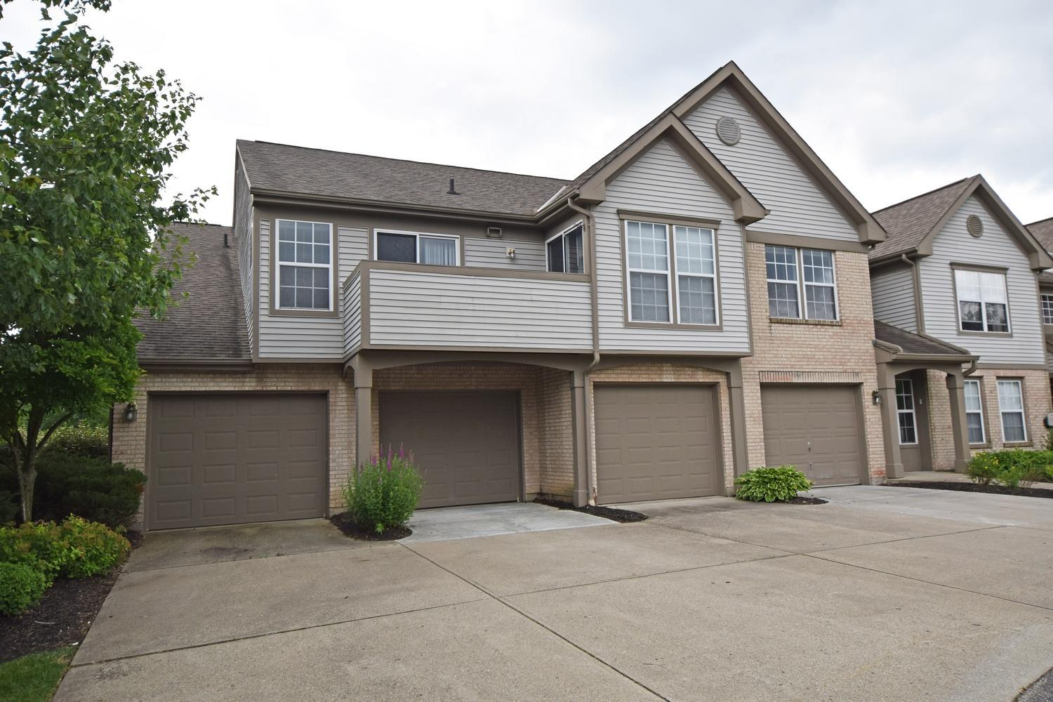 Property for sale at 7199 Lakewood Drive Unit: E, Sharonville,  Ohio 45241