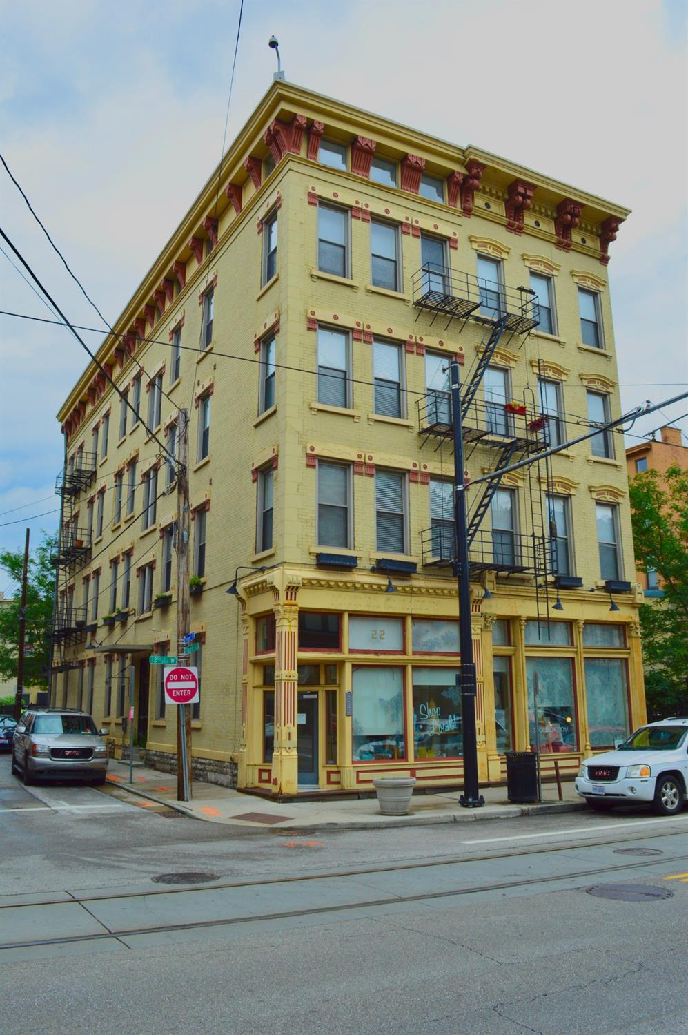 Property for sale at 20 W Twelfth Street Unit: 203, Cincinnati,  Ohio 45202