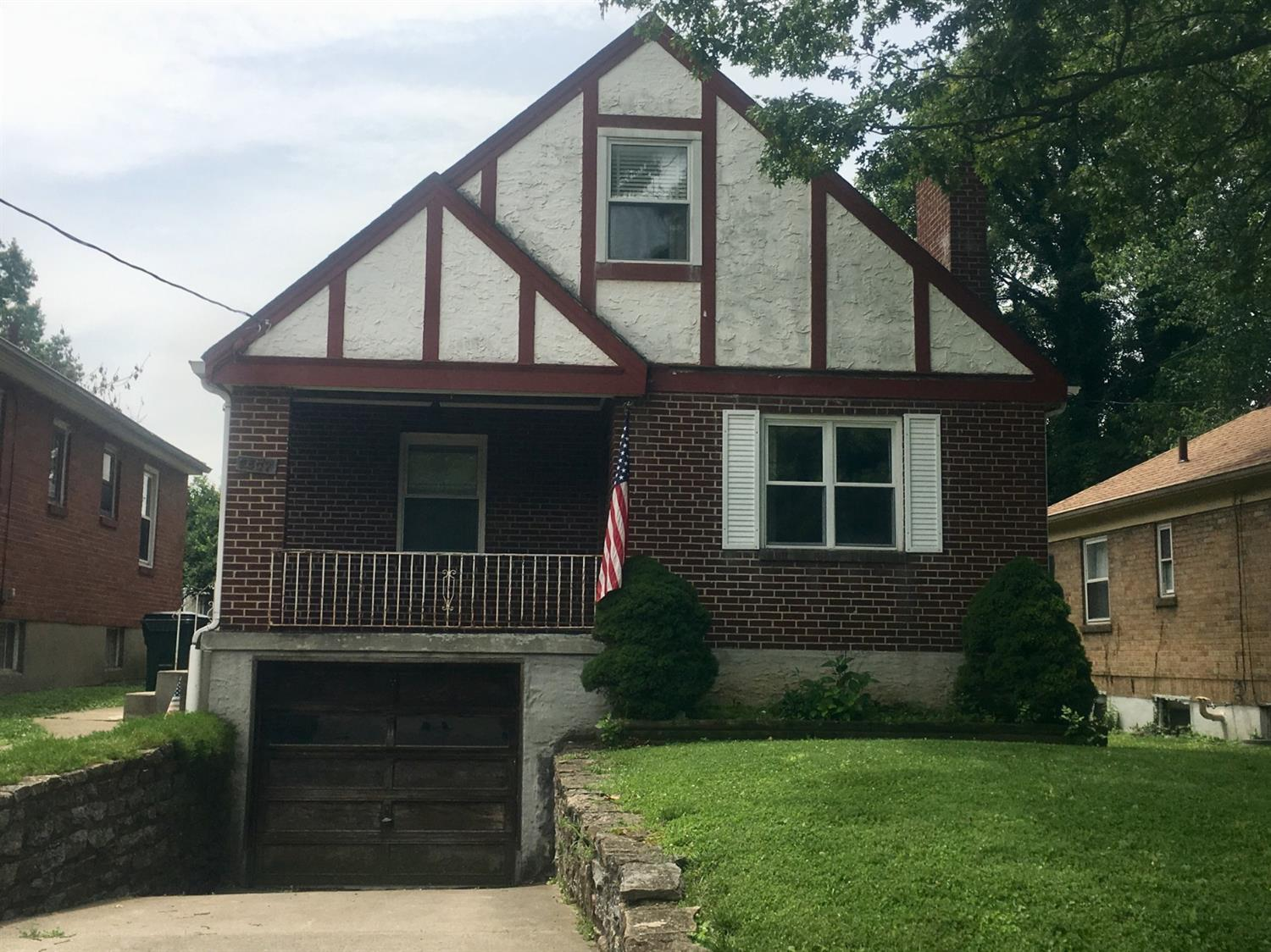 Property for sale at 2507 Bremont Avenue, Golf Manor,  Ohio 45237