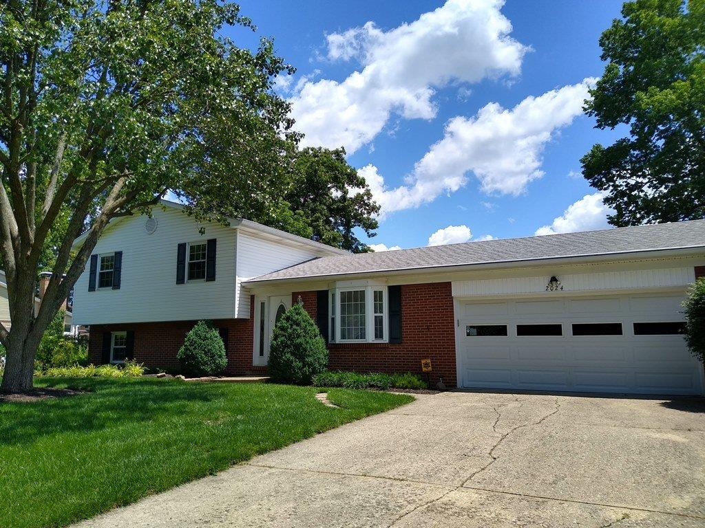 Property for sale at 2024 Winding Creek Lane, Mason,  Ohio 45040