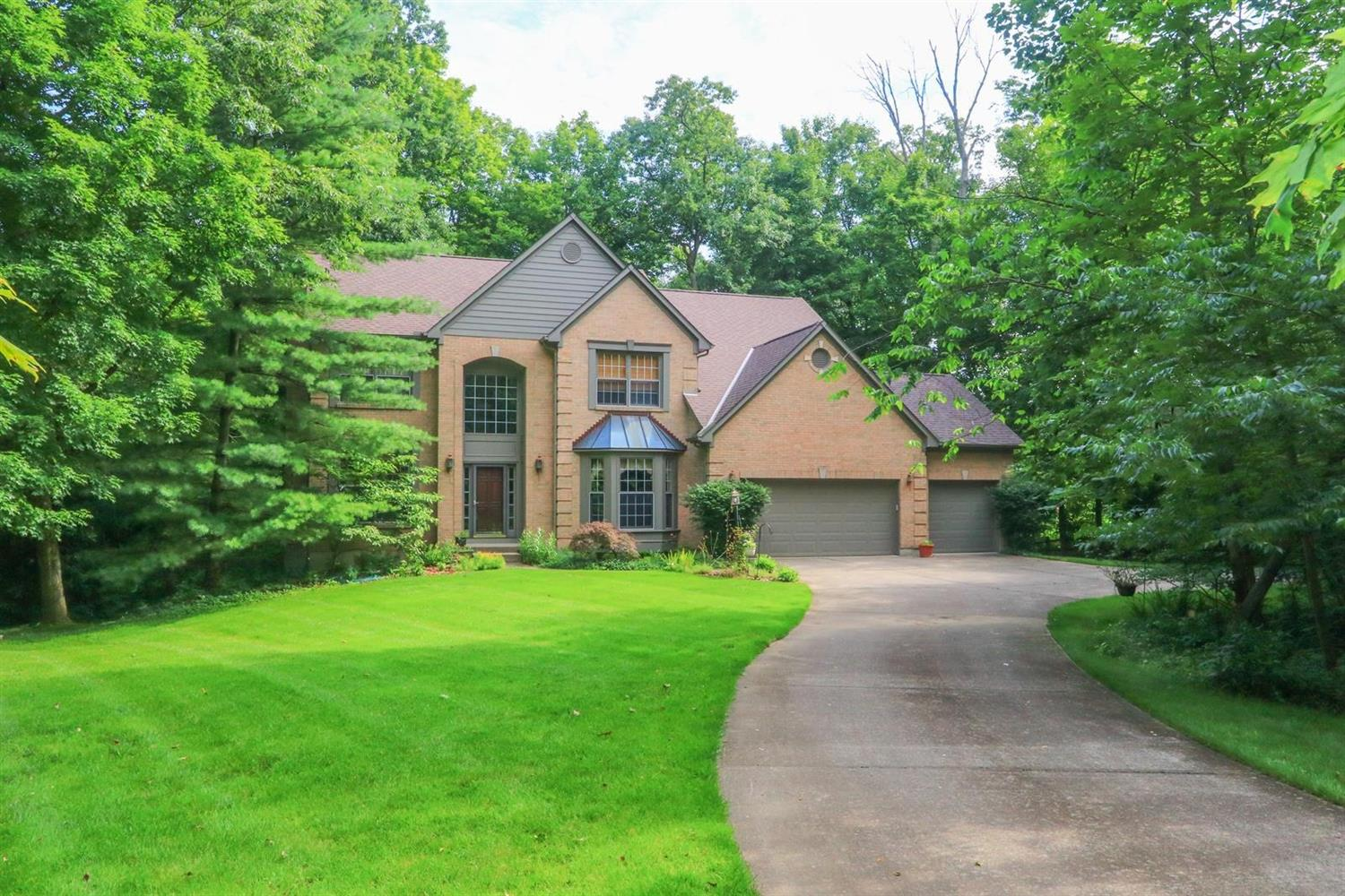 Property for sale at 1313 Woodlake Court, Miami Twp,  Ohio 45140