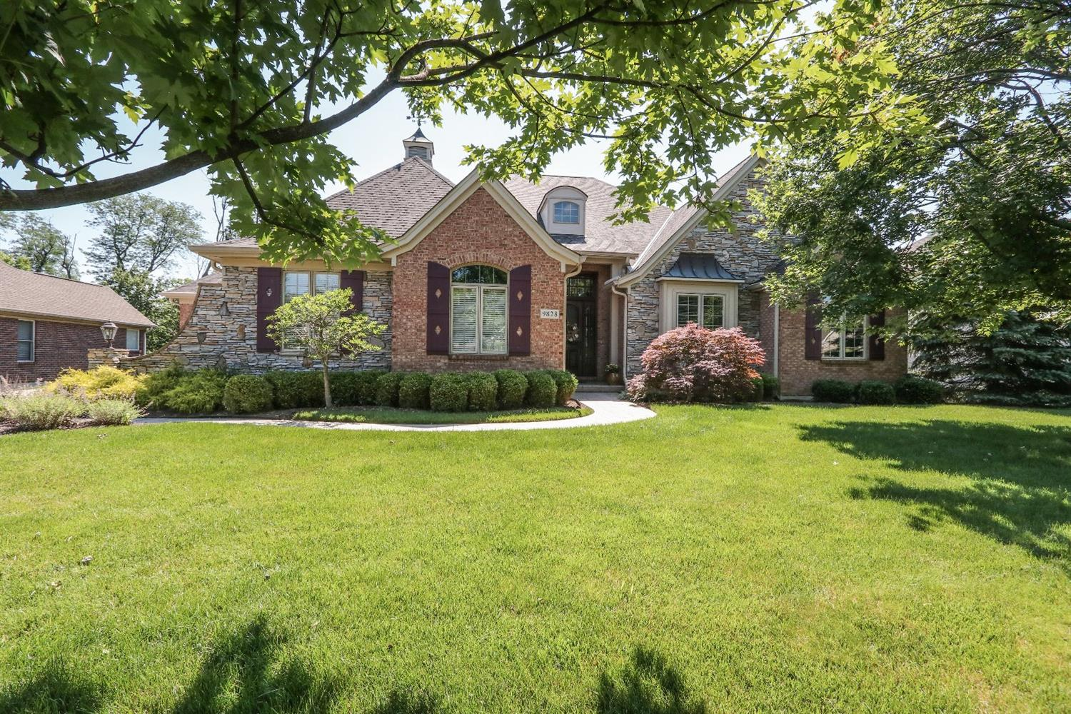 Property for sale at 9828 Beech Drive, Springfield Twp.,  Ohio 45231