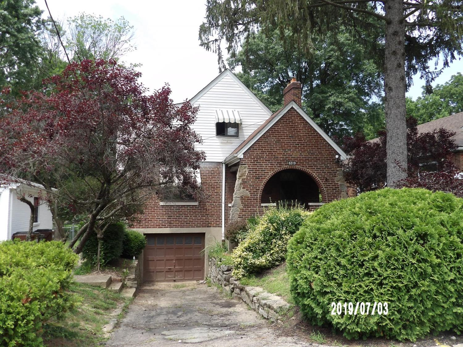 Property for sale at 6319 Hammel Avenue, Golf Manor,  Ohio 45237