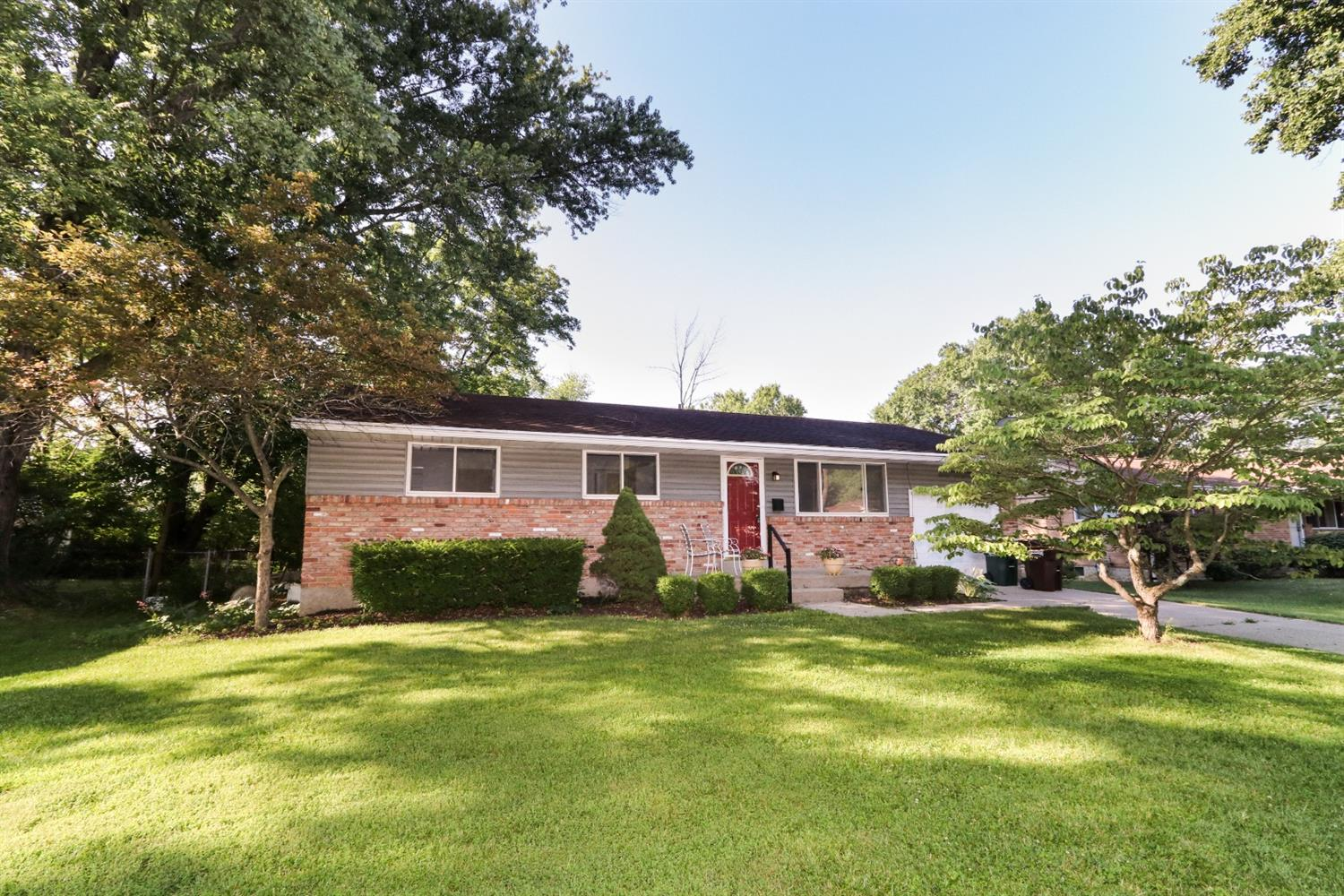 Property for sale at 1955 Rollins Drive, Loveland,  Ohio 45140