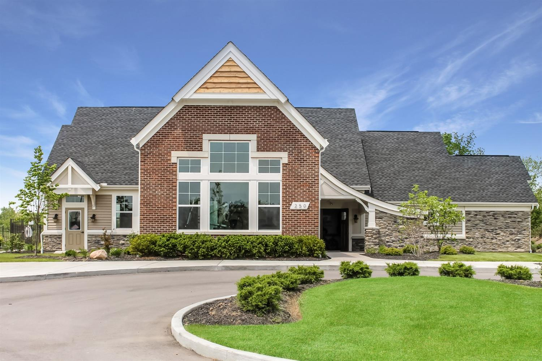 Property for sale at 76 Old Pond Road Unit: 18302, Springboro,  Ohio 45066