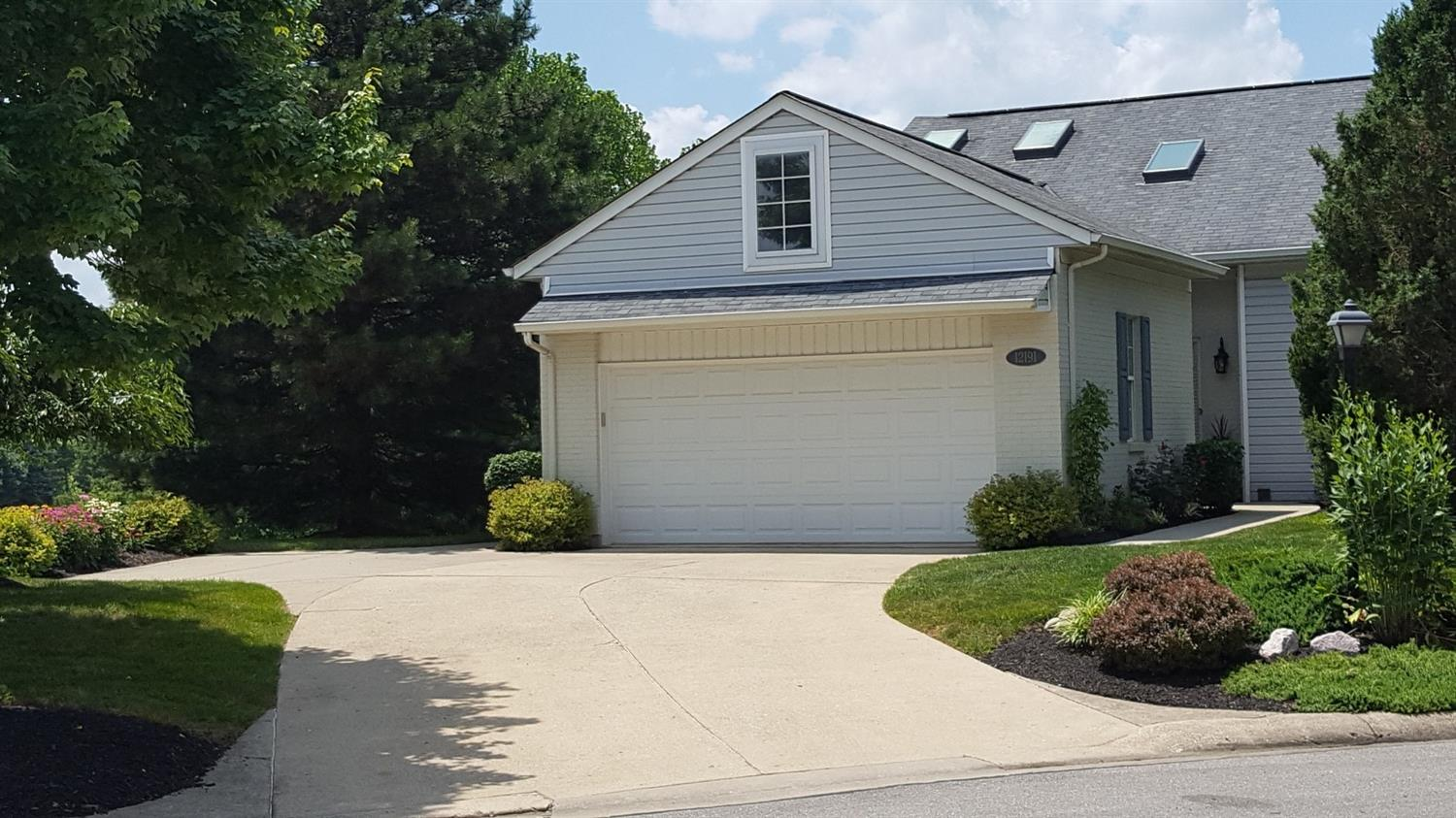 Property for sale at 12191 Peak Drive, Springdale,  Ohio 45246
