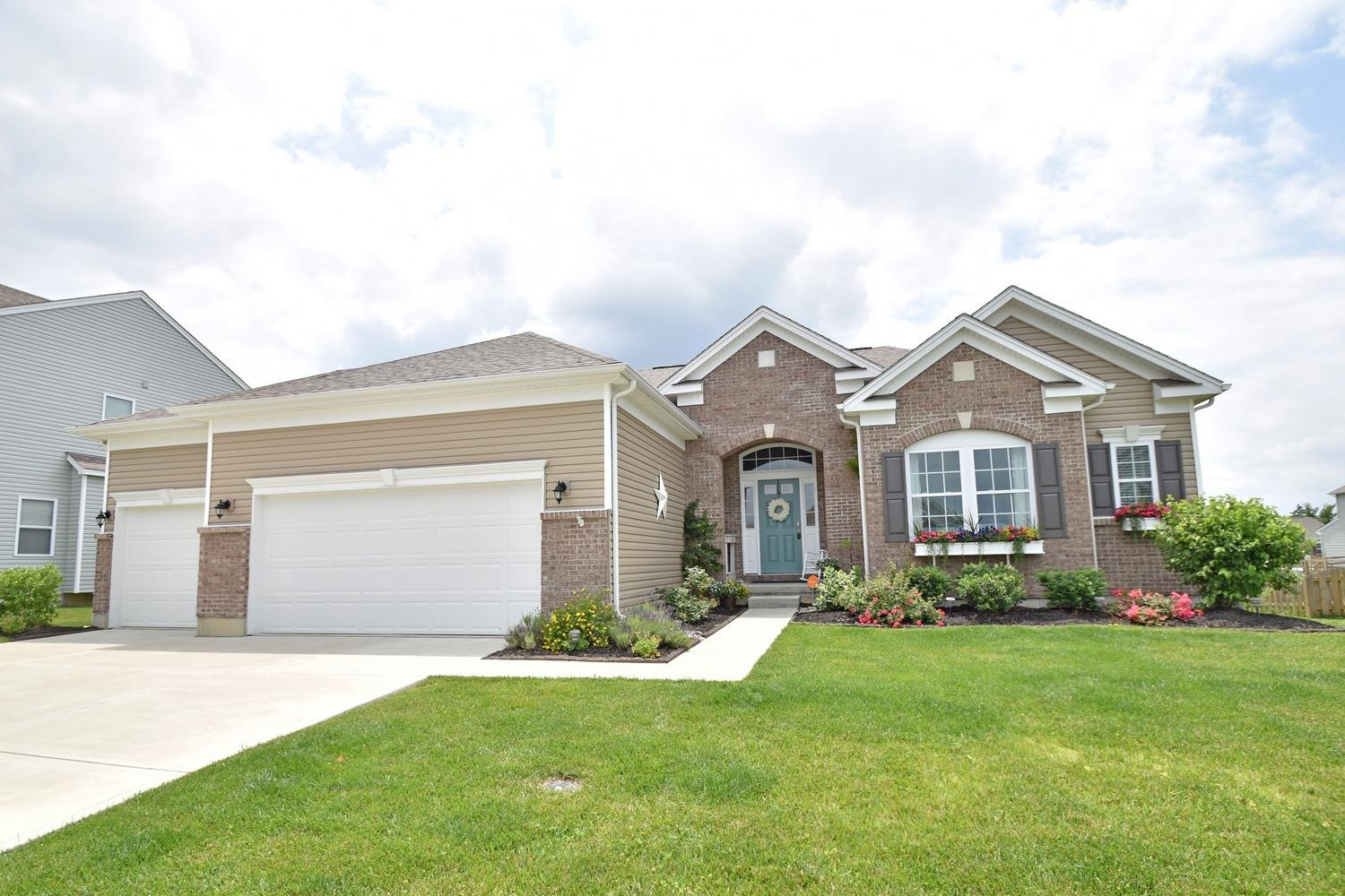 Property for sale at 817 Hocking Meadow Circle, Monroe,  Ohio 45050