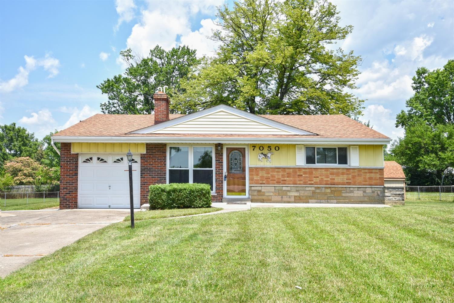 Property for sale at 7050 Dimmick Road, West Chester,  Ohio 45069