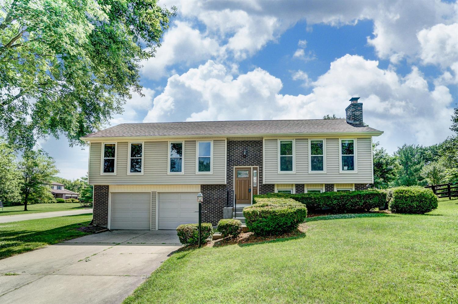 Property for sale at 7666 Devonwood Drive, West Chester,  Ohio 45069