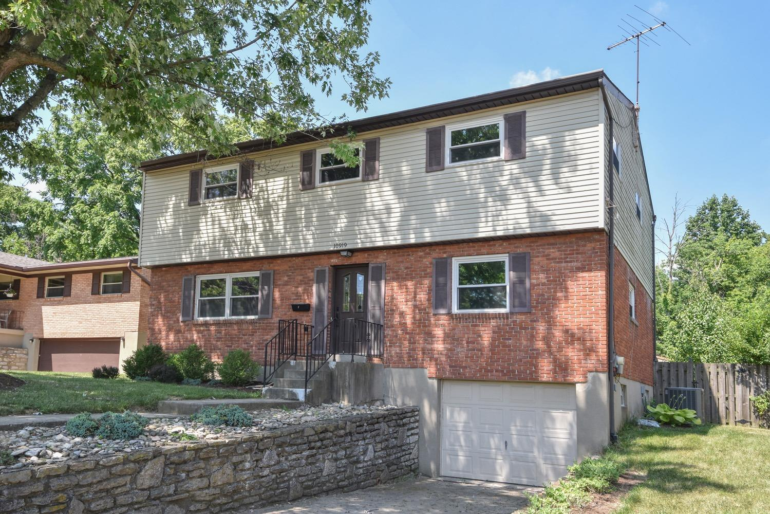 Property for sale at 10919 Aztec Court, Sharonville,  Ohio 45241