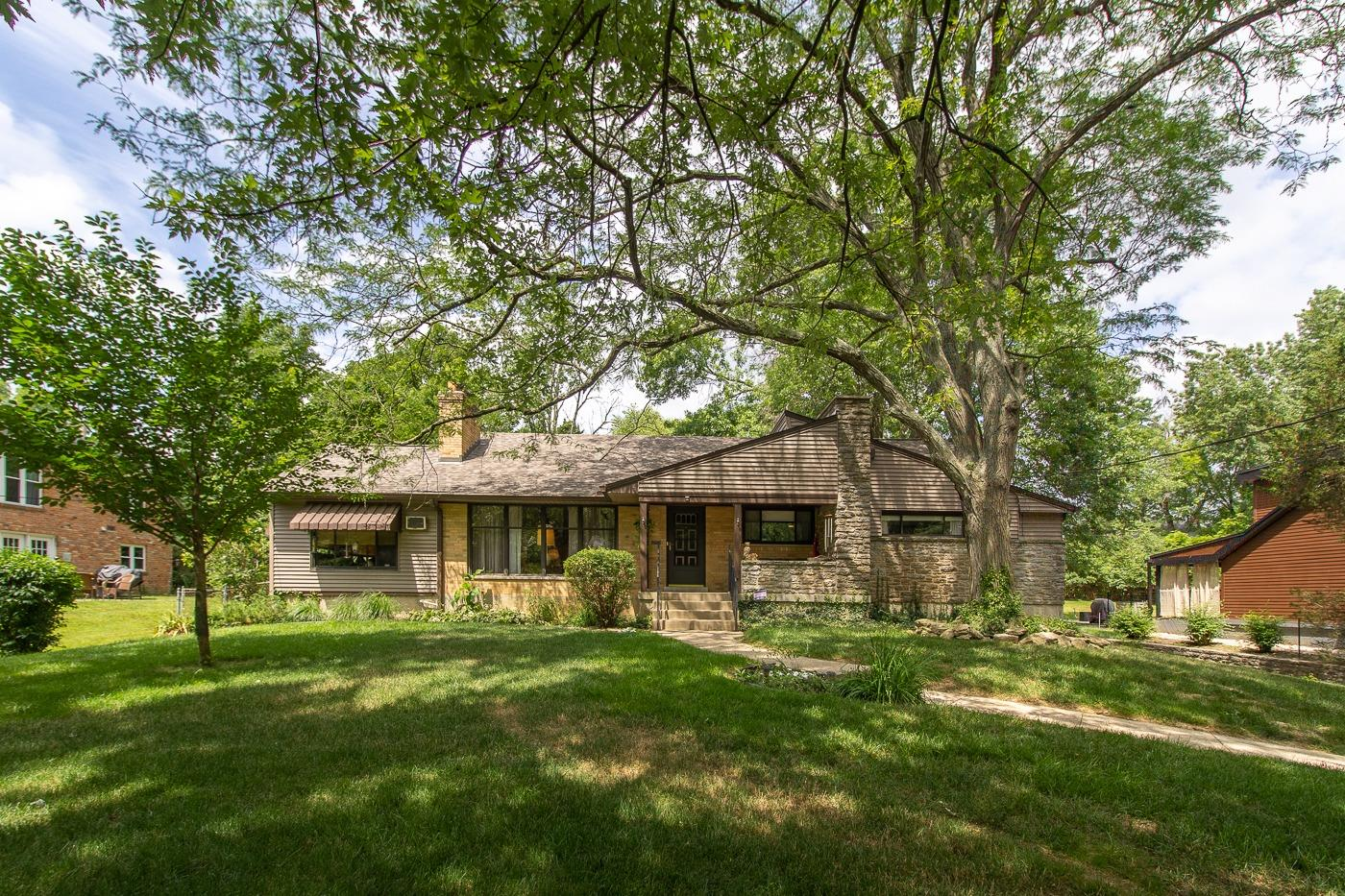 Property for sale at 7651 Hosbrook Road, Sycamore Twp,  Ohio 45243