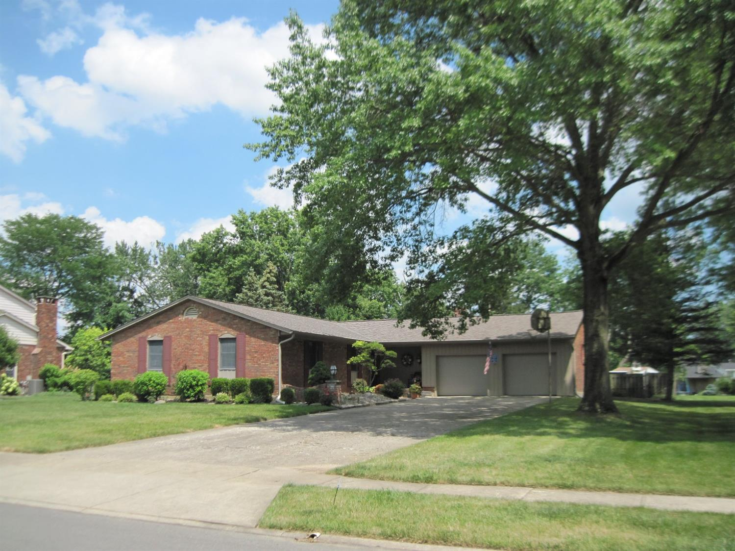 Property for sale at 522 Riddle Road, Springfield Twp.,  Ohio 45231