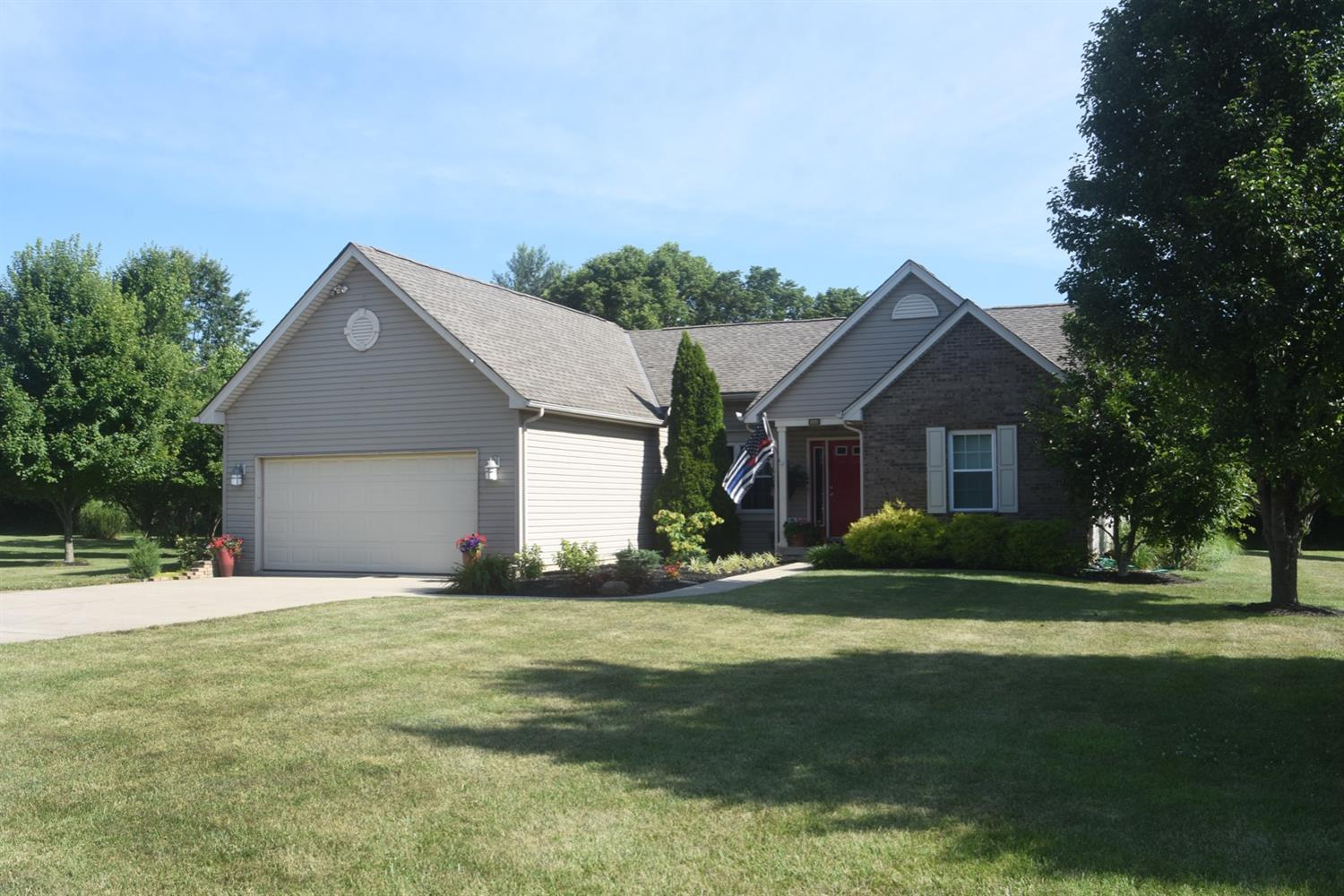 Property for sale at 2804 Quail Field Drive, Clearcreek Twp.,  Ohio 45036